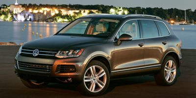 2014 Volkswagen Touareg 4dr TDI Sport w/Nav Lease Special