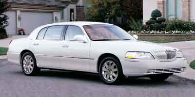 2003 Lincoln Town Car  - Pearcy Auto Sales