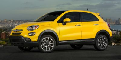 2017 FIAT 500X Lounge available in Des Moines and Rapid City
