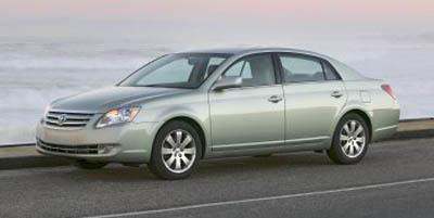 2005 Toyota Avalon in Sioux City - 2 of 0
