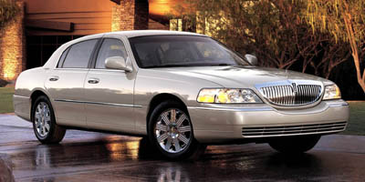 2005 Lincoln Town Car  - Pearcy Auto Sales